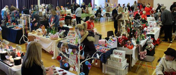Christmas Crafts To Sell At Craft Fairs.Christmas Begins Highsted Grammar School Sittingbourne Kent